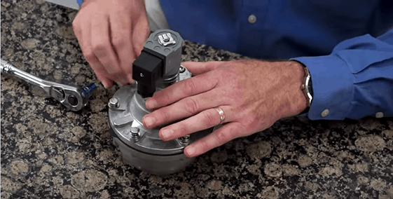 How to replace your valves diaphragm